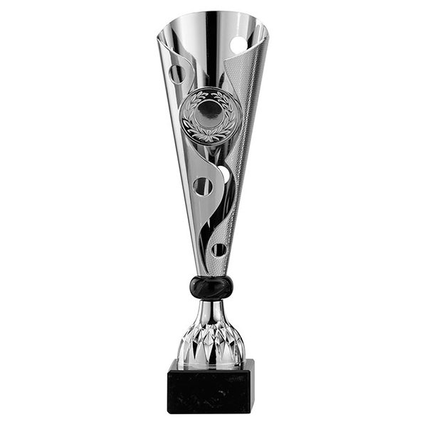 Zilveren trofee met sierlijke details