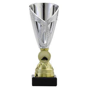 Trofee met open details en gedetailleerd ontwerp goud