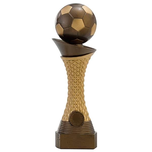 Voetbal beeld met bal als detail goud-brons