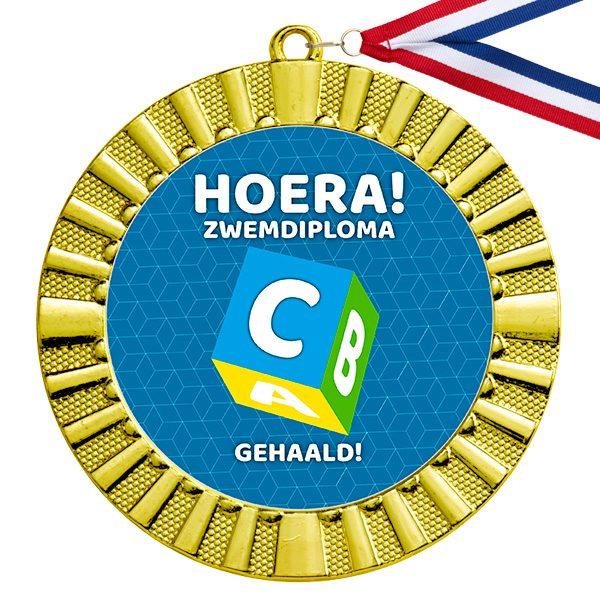 Hoera! Zwemdiploma C Gehaald medaille goud