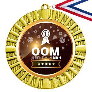 Nummer 1 Oom gouden medaille