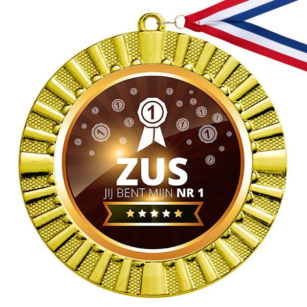 Nummer 1 Zus gouden medaille