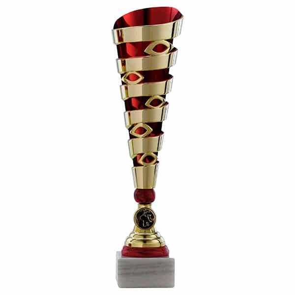 Grote gouden trofee met rode details